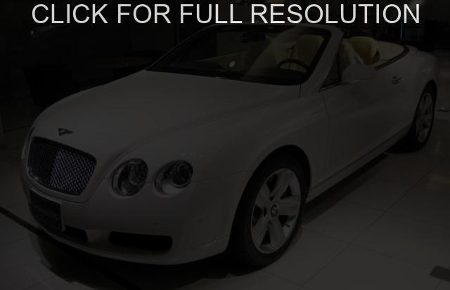 Bentley Continental GTC #8