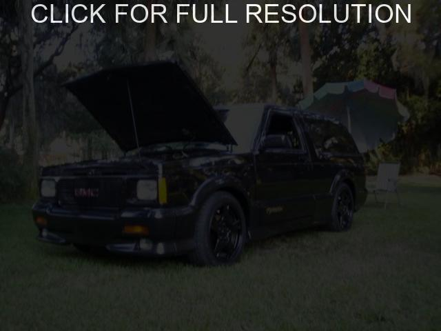 GMC Typhoon #7