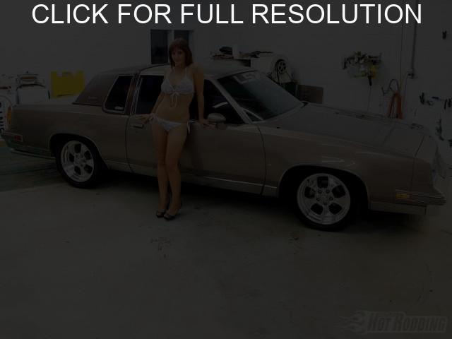 Oldsmobile Cutlass Supreme #12