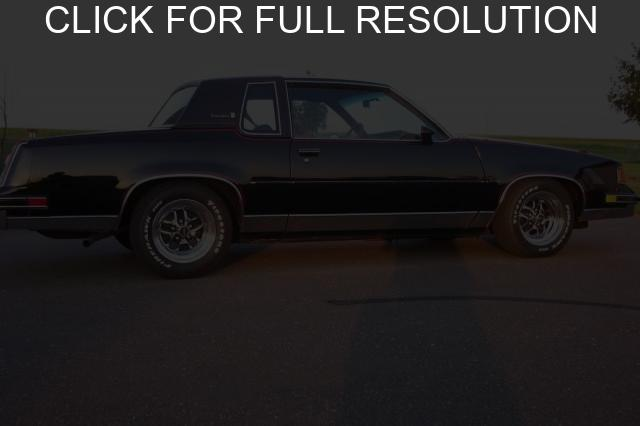 Oldsmobile Cutlass Supreme #5