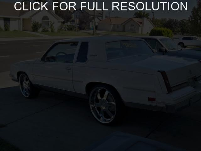 Oldsmobile Cutlass Supreme #9