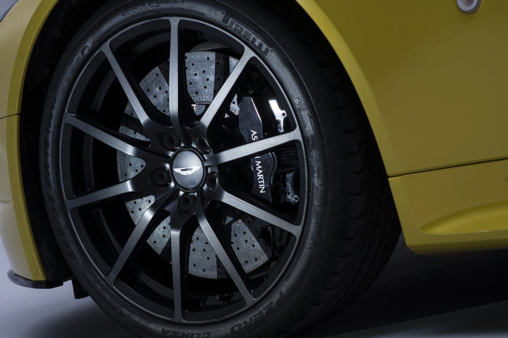 Aston Martin V12 Vantage wheels #2