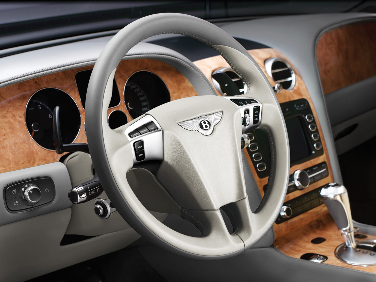 Bentley Continental GTC interior #3