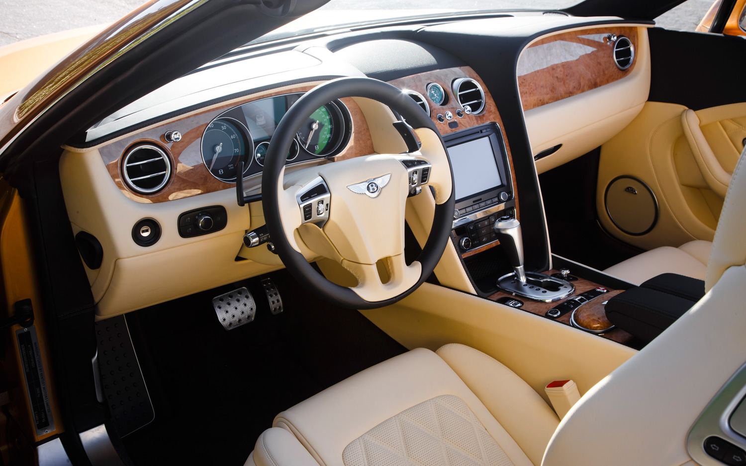 Bentley Continental GTC interior #4
