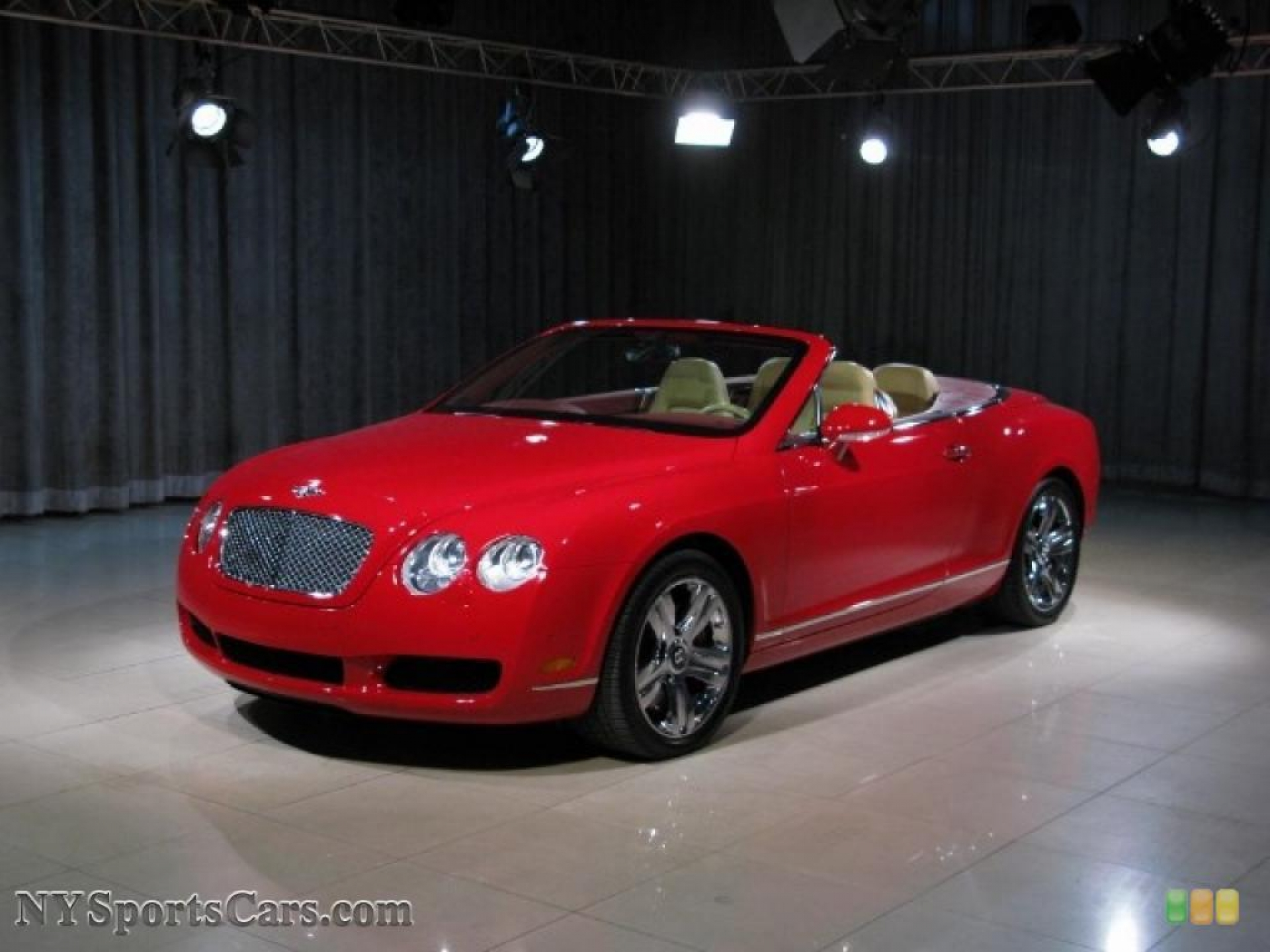 Bentley Continental GTC red #3