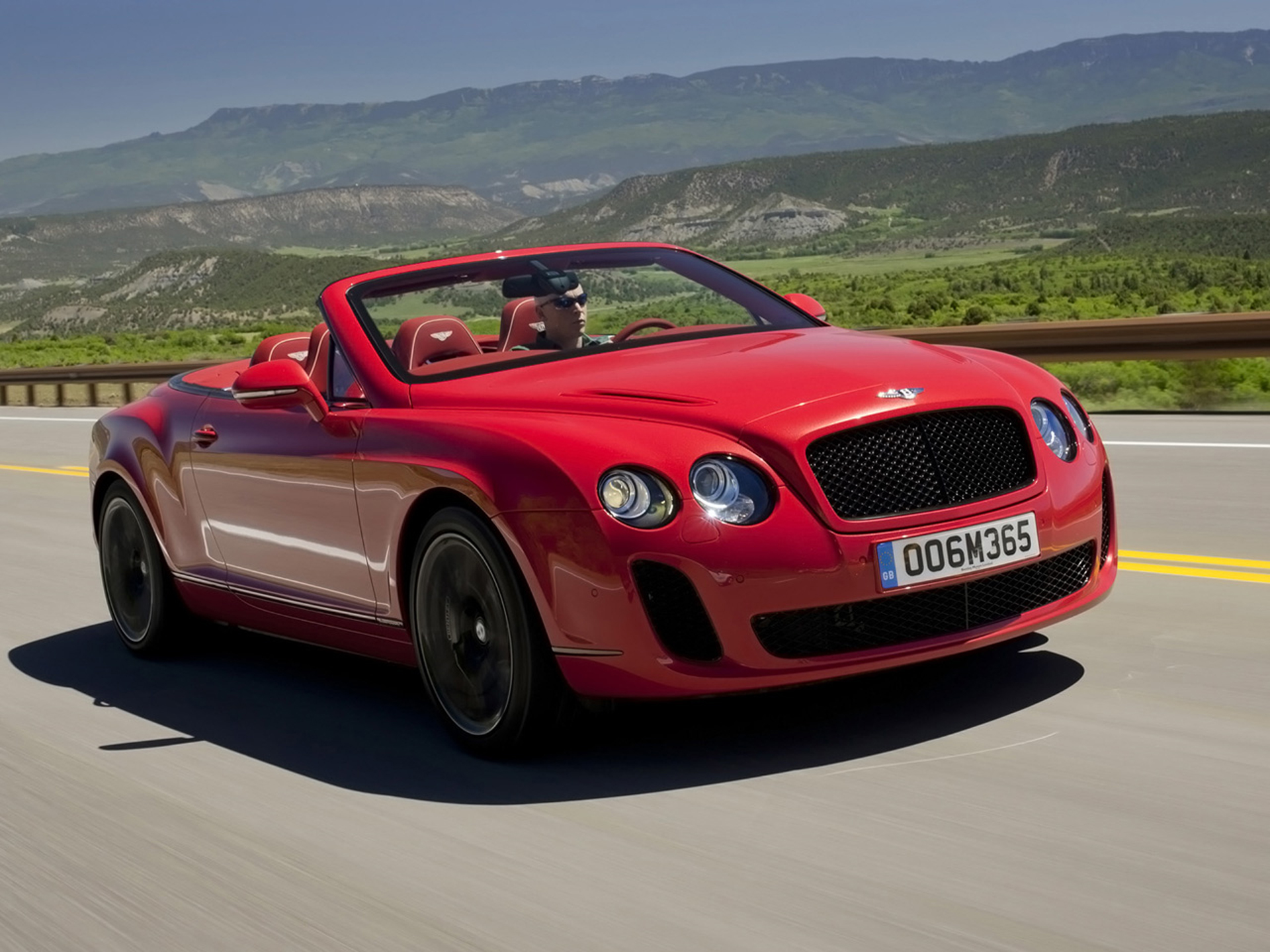 Bentley Continental Supersports Convertible red #4