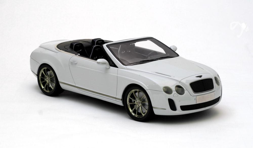 Bentley Continental Supersports Convertible white #1