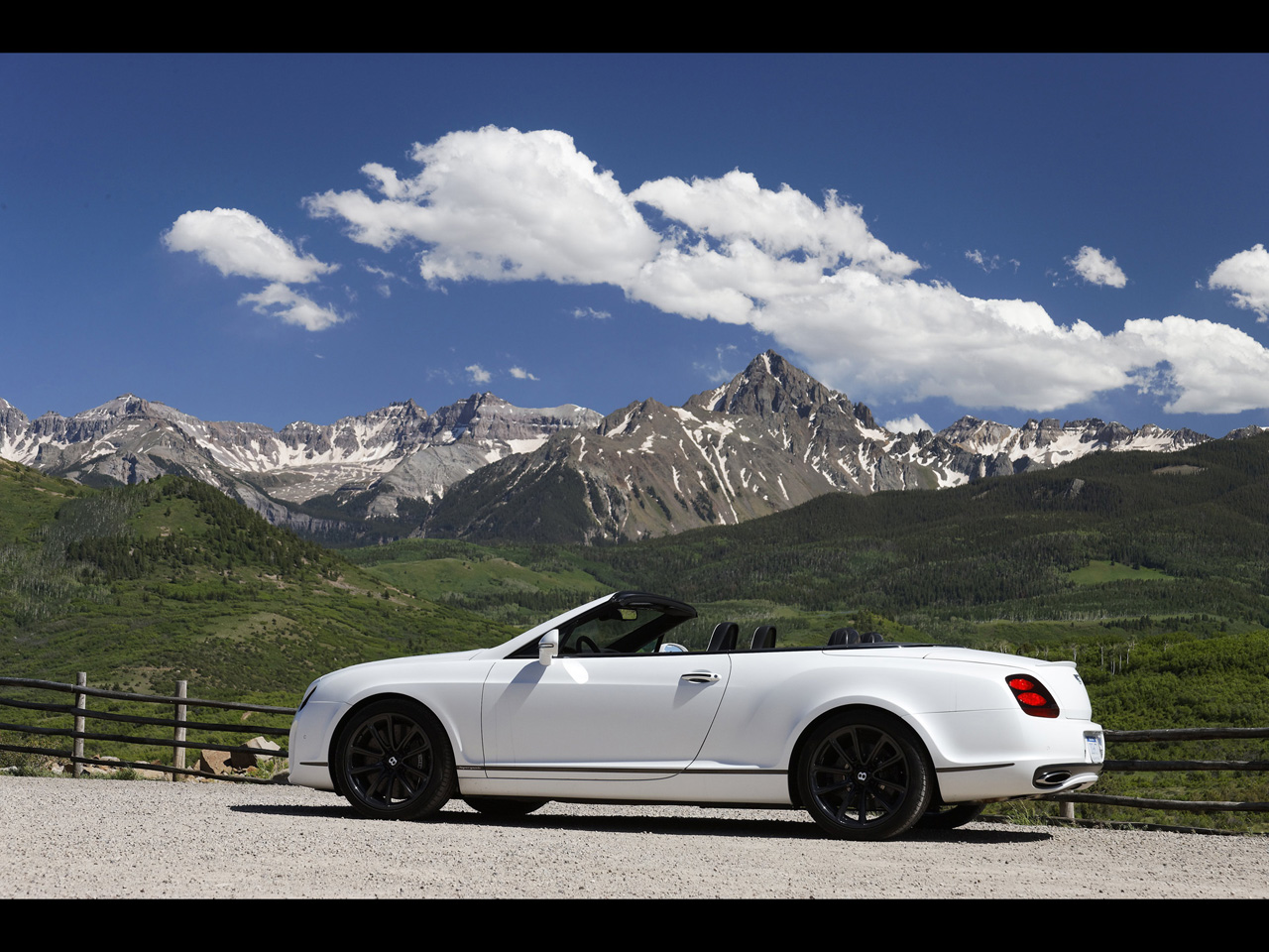 Bentley Continental Supersports Convertible white #2