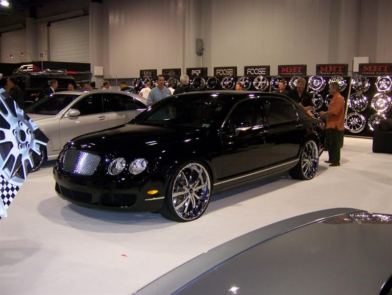Bentley Flying Spur black #1