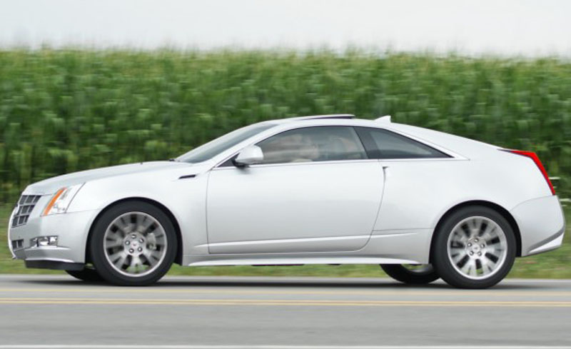 Cadillac CTS Coupe white #3
