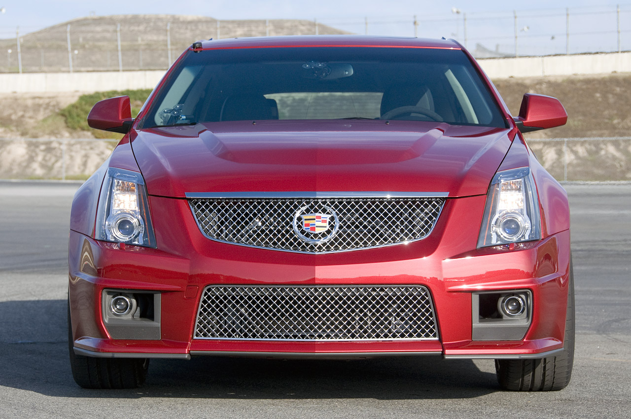 Cadillac CTS-V Wagon red #1
