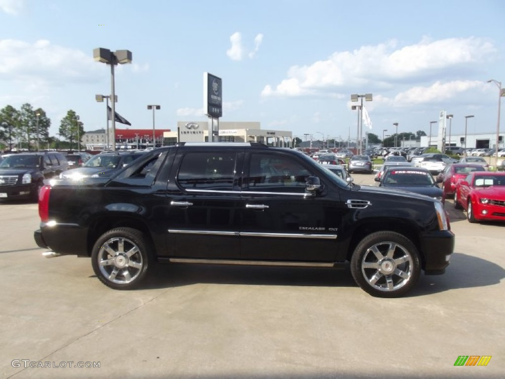 Cadillac Escalade EXT black #3