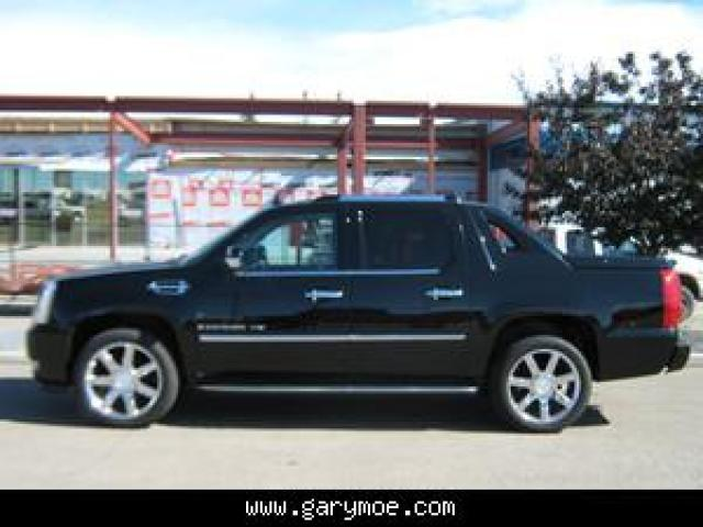 Cadillac Escalade EXT red #1