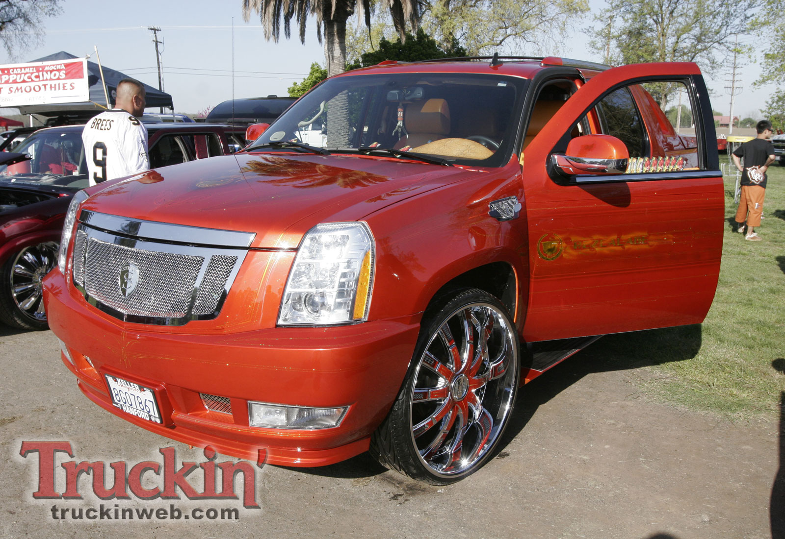 Cadillac Escalade EXT red #3