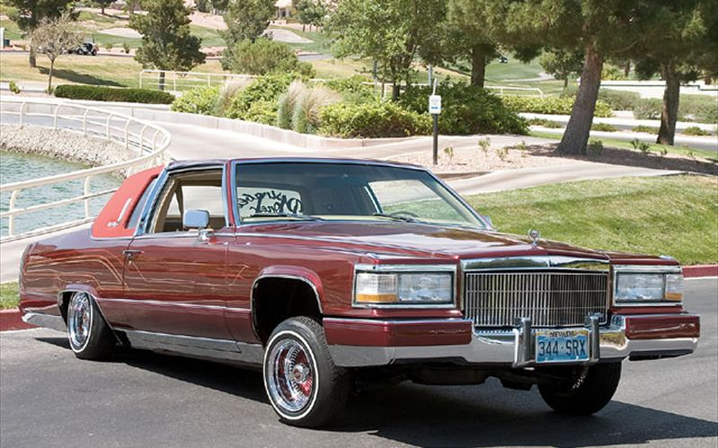 Cadillac Fleetwood red #1