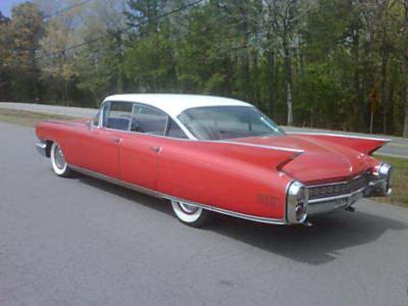 Cadillac Fleetwood red #3
