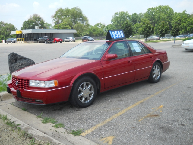 Cadillac Seville red #3