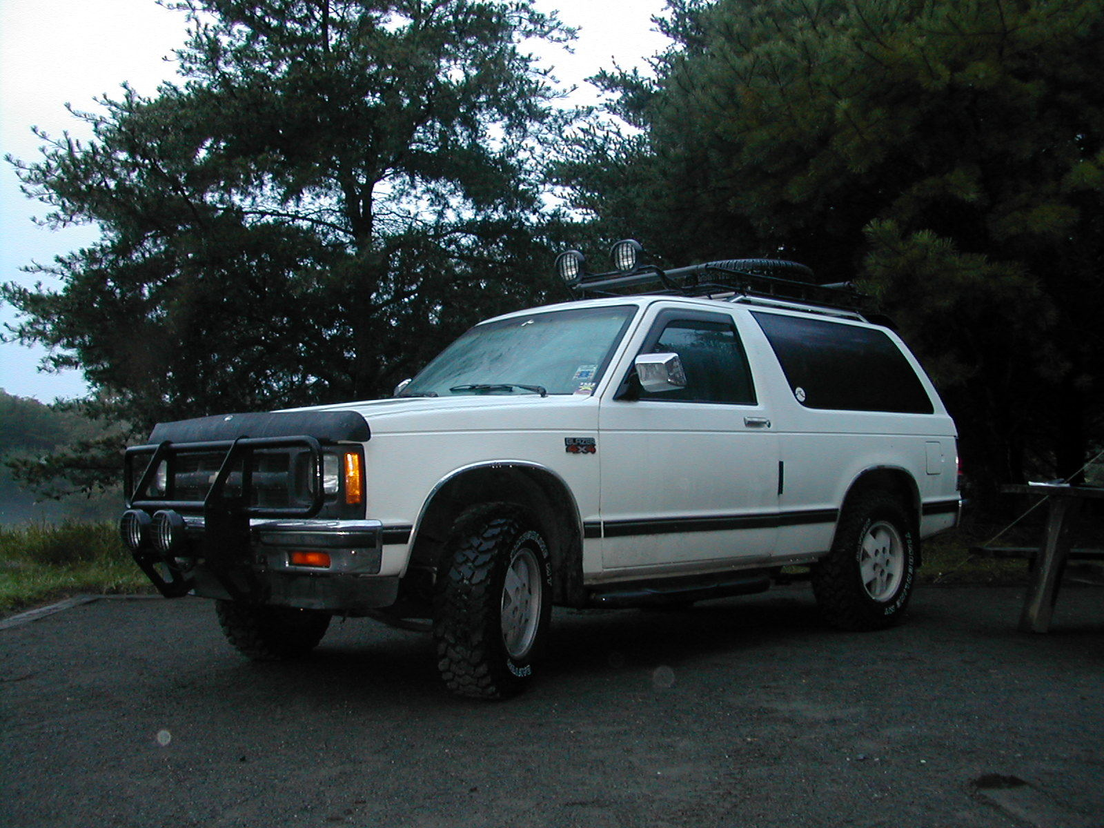 Chevrolet Blazer white #2