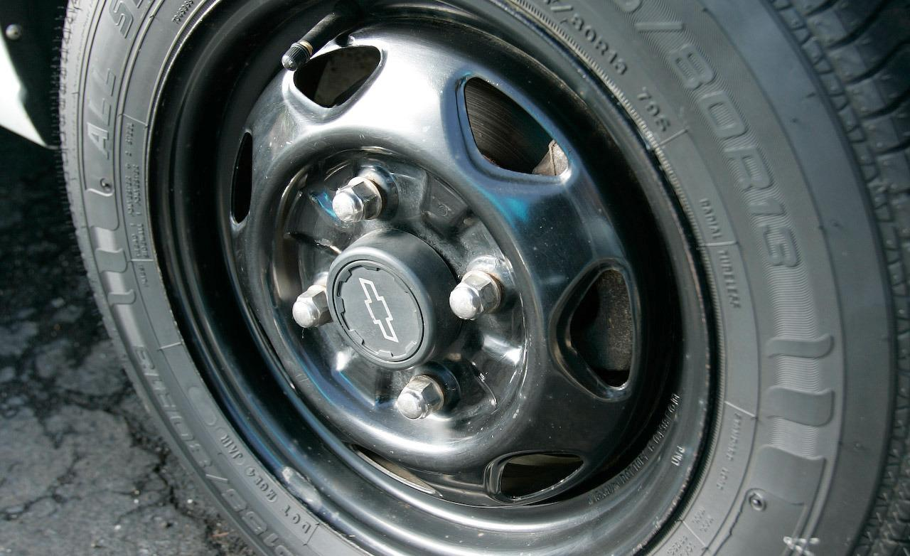 Chevrolet Metro wheels #4