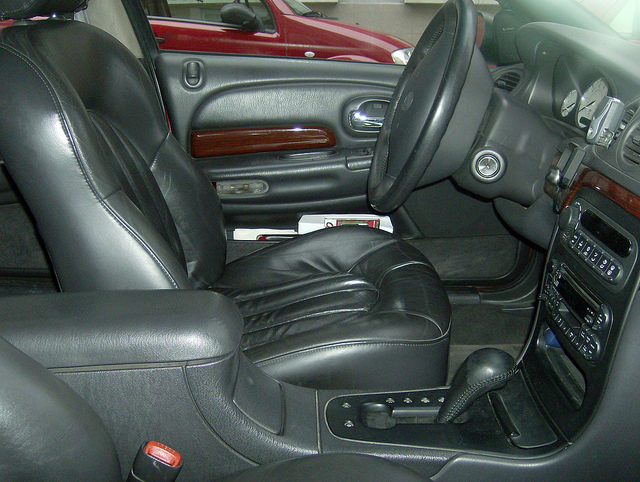 Chrysler 300M interior #4