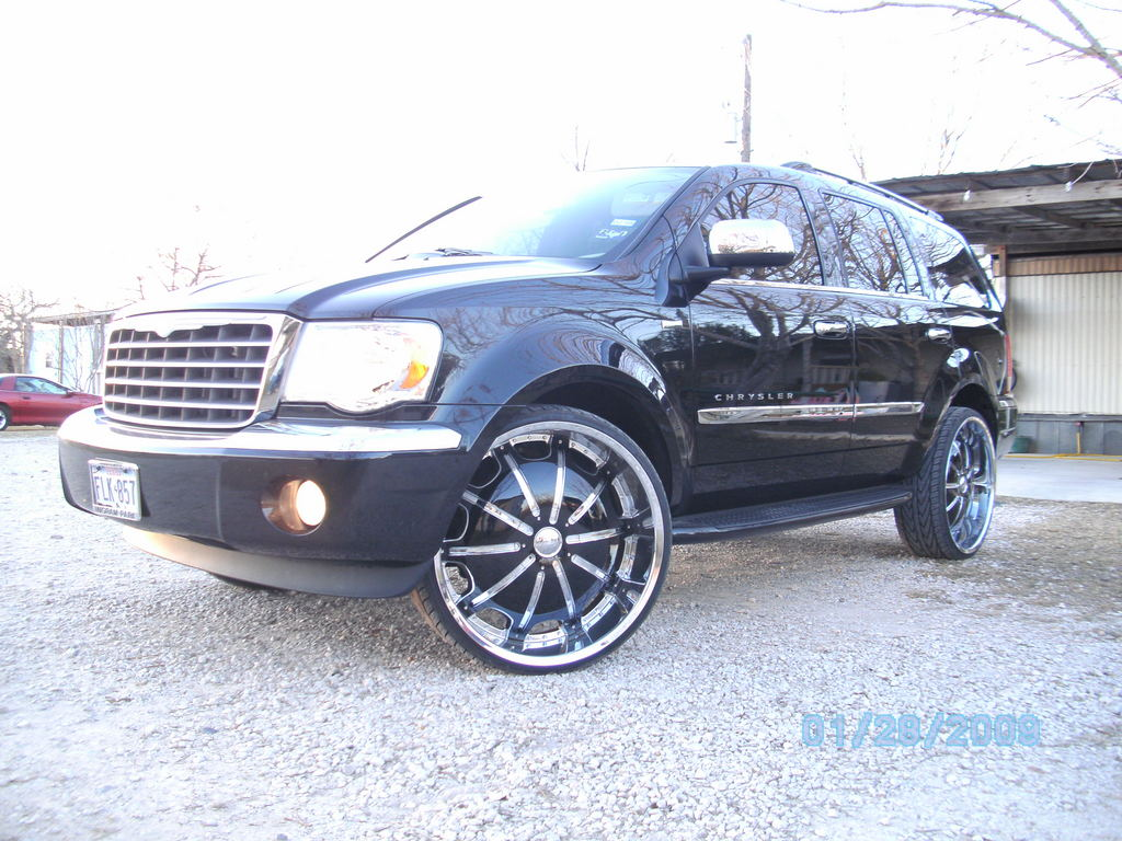 Chrysler Aspen black #4