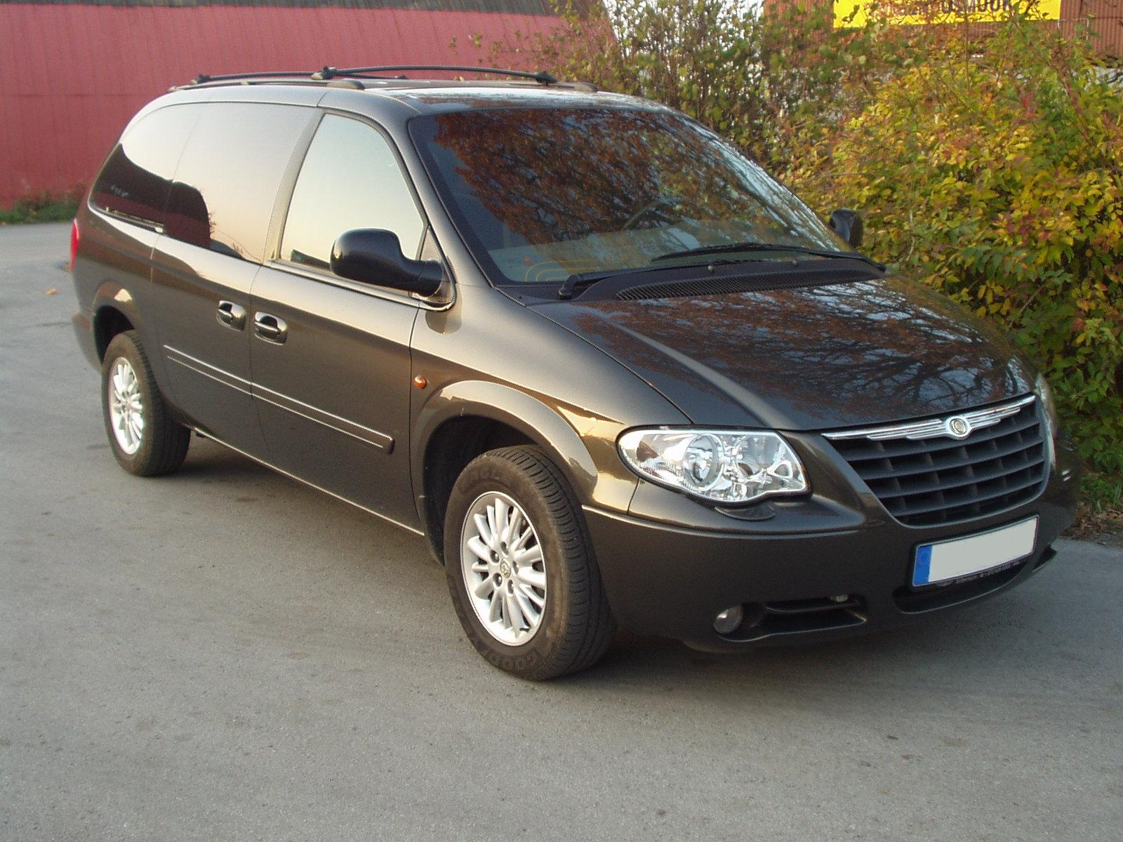 Chrysler Grand Voyager black #3