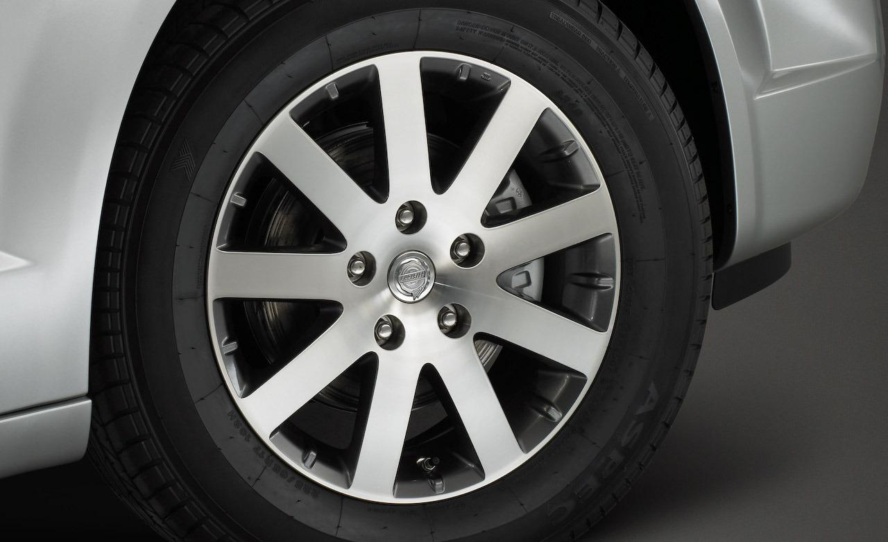 Chrysler Grand Voyager wheels #1