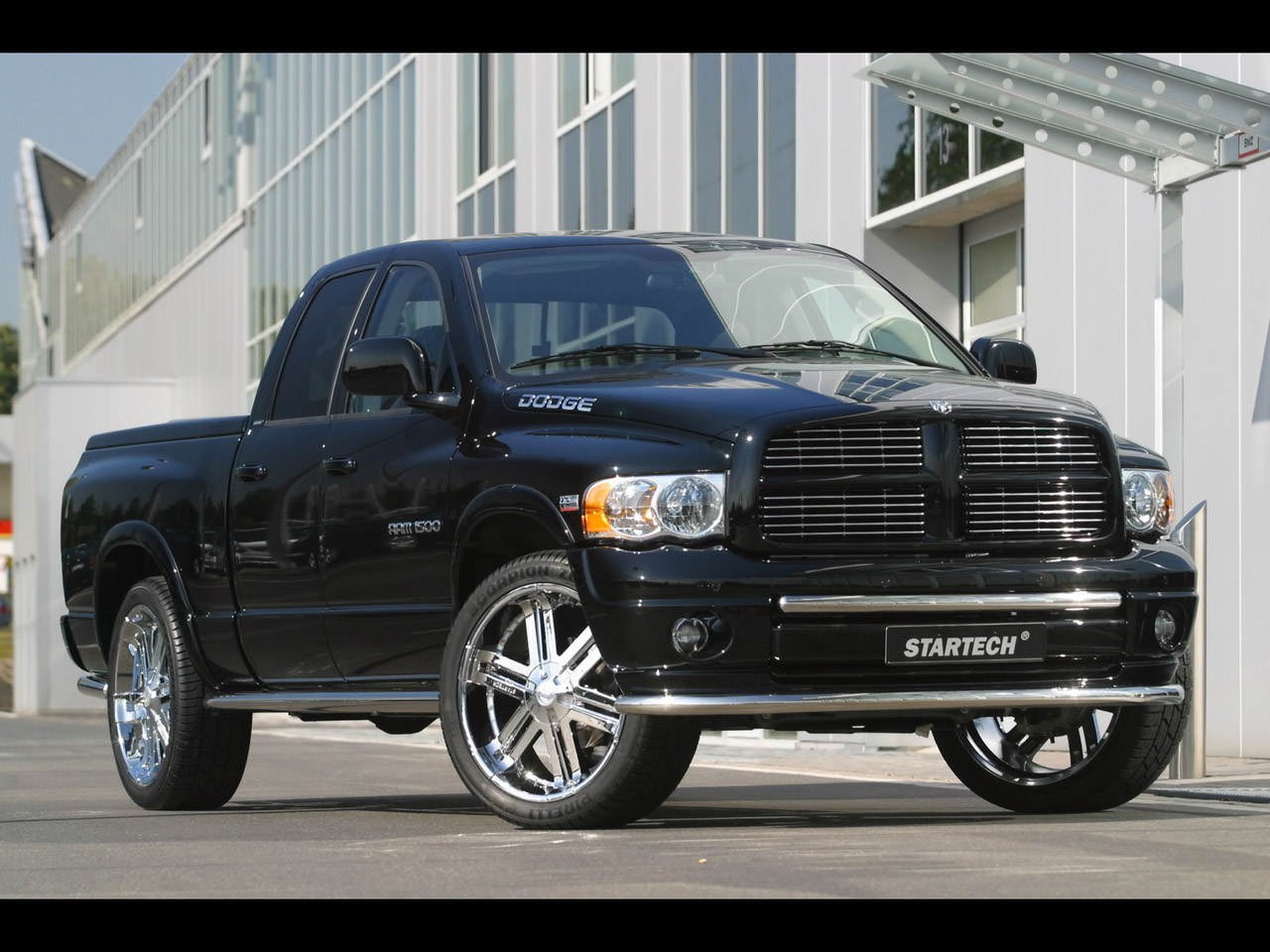 Dodge Ram Pickup 1500 interior #1