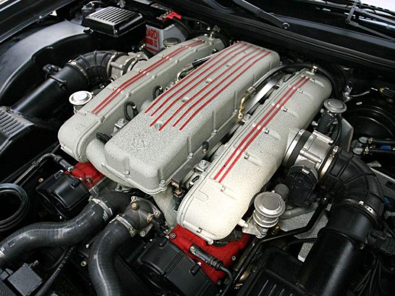 Ferrari 575M engine #1