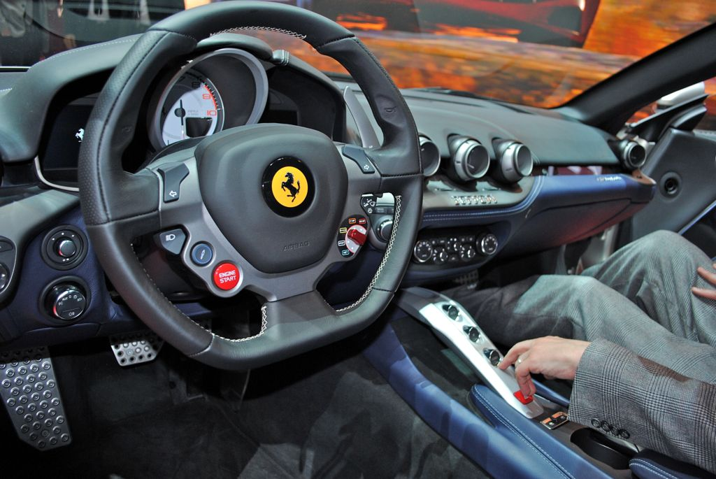 Ferrari F12 Berlinetta interior #3