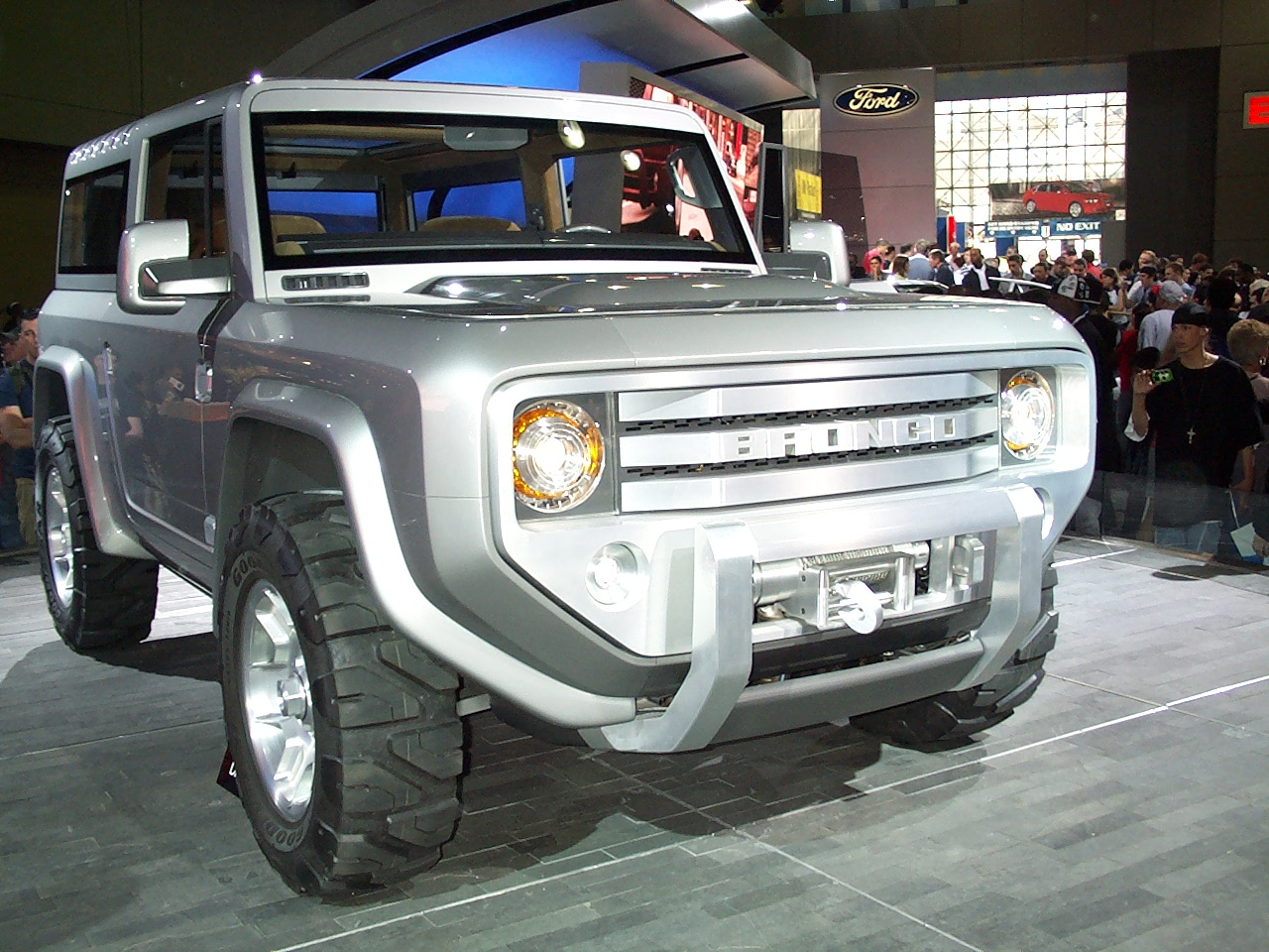 Ford Bronco #8