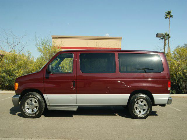 Ford Econoline Wagon red #1