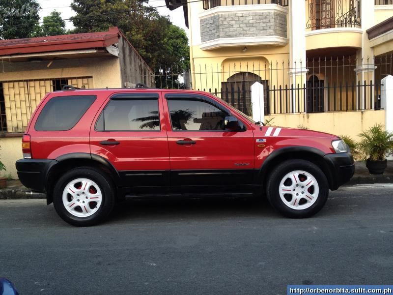 Ford Escape red #1