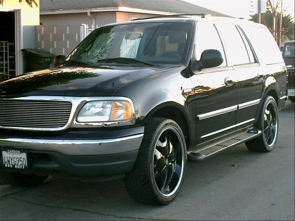 Ford Expedition black #1