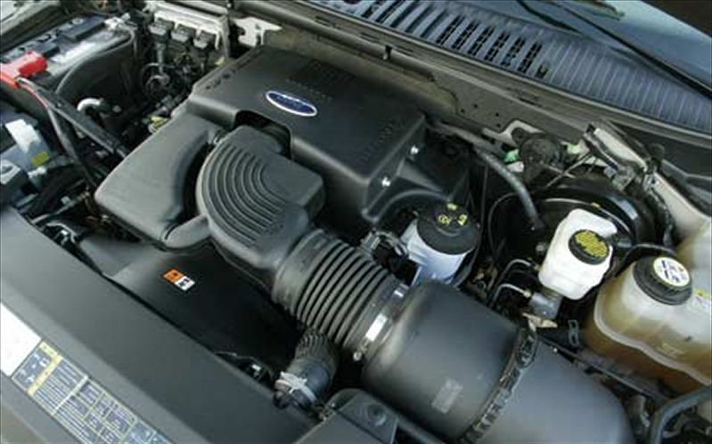 Ford Expedition engine #1