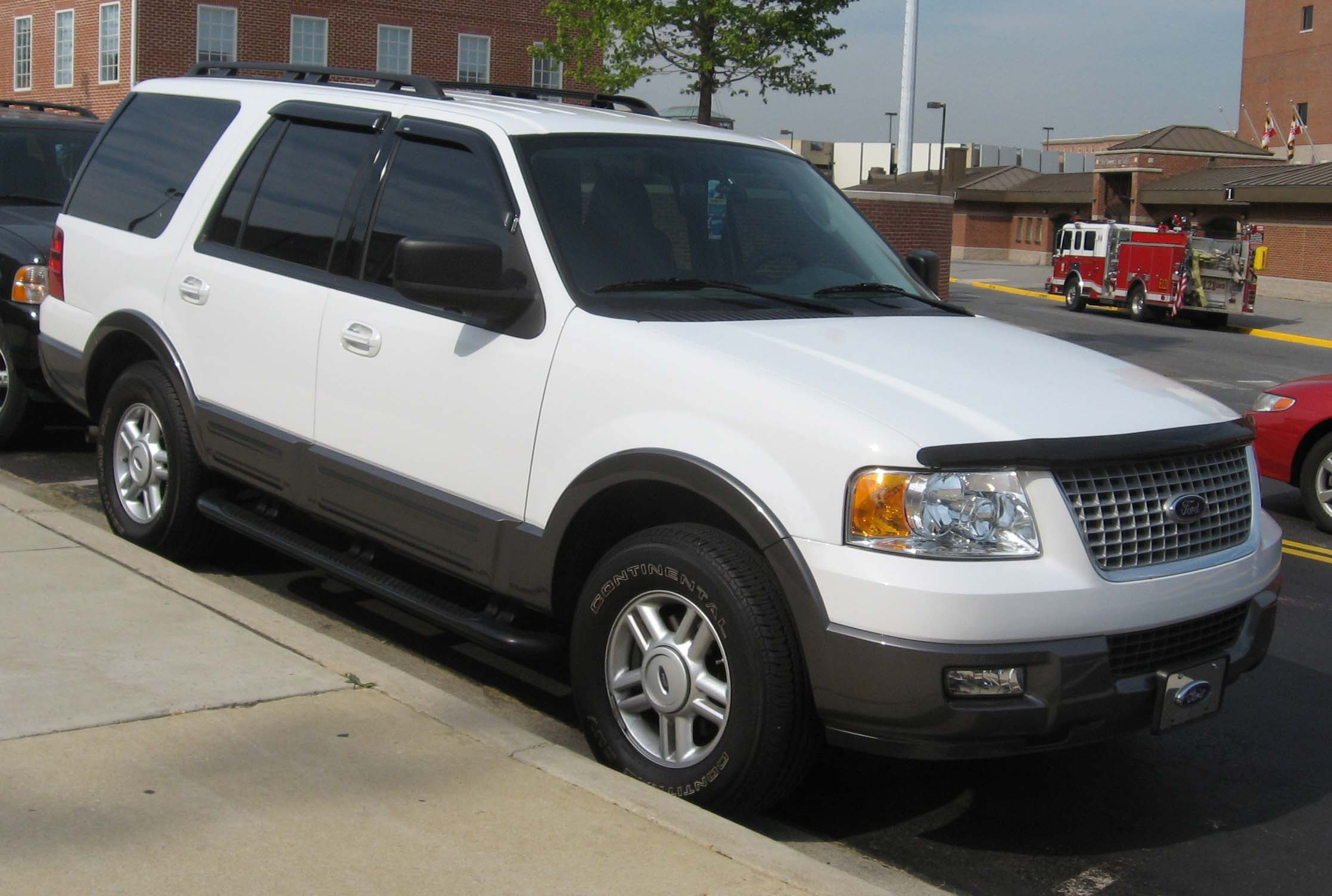 Ford Expedition white #3