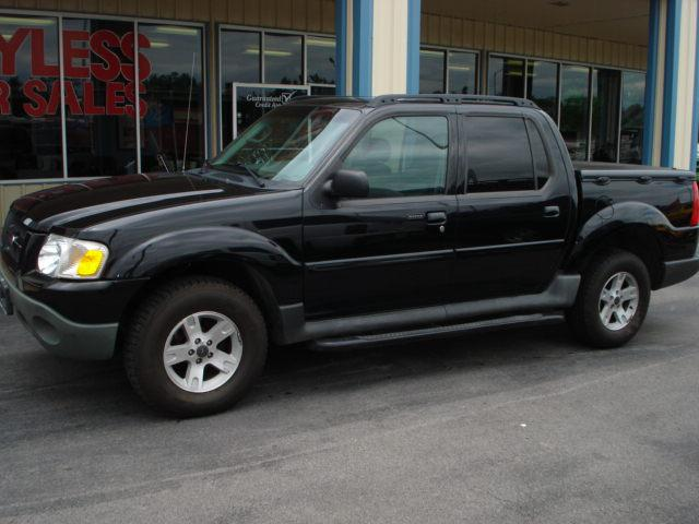 Ford Explorer Sport Trac black #3