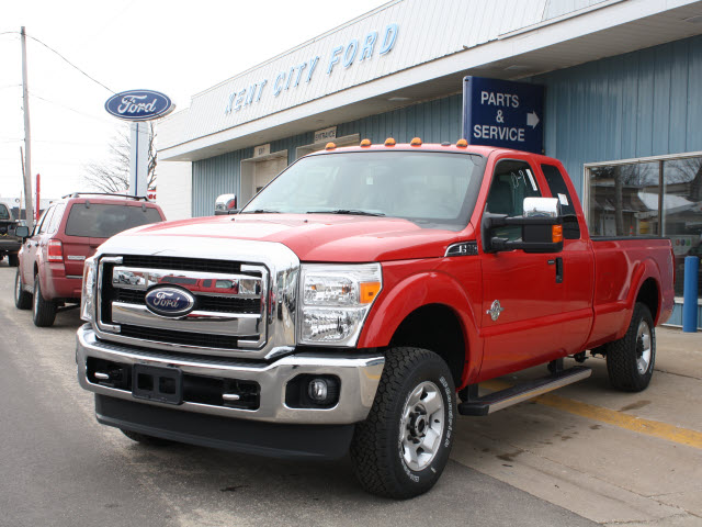 Ford F-250 red #3