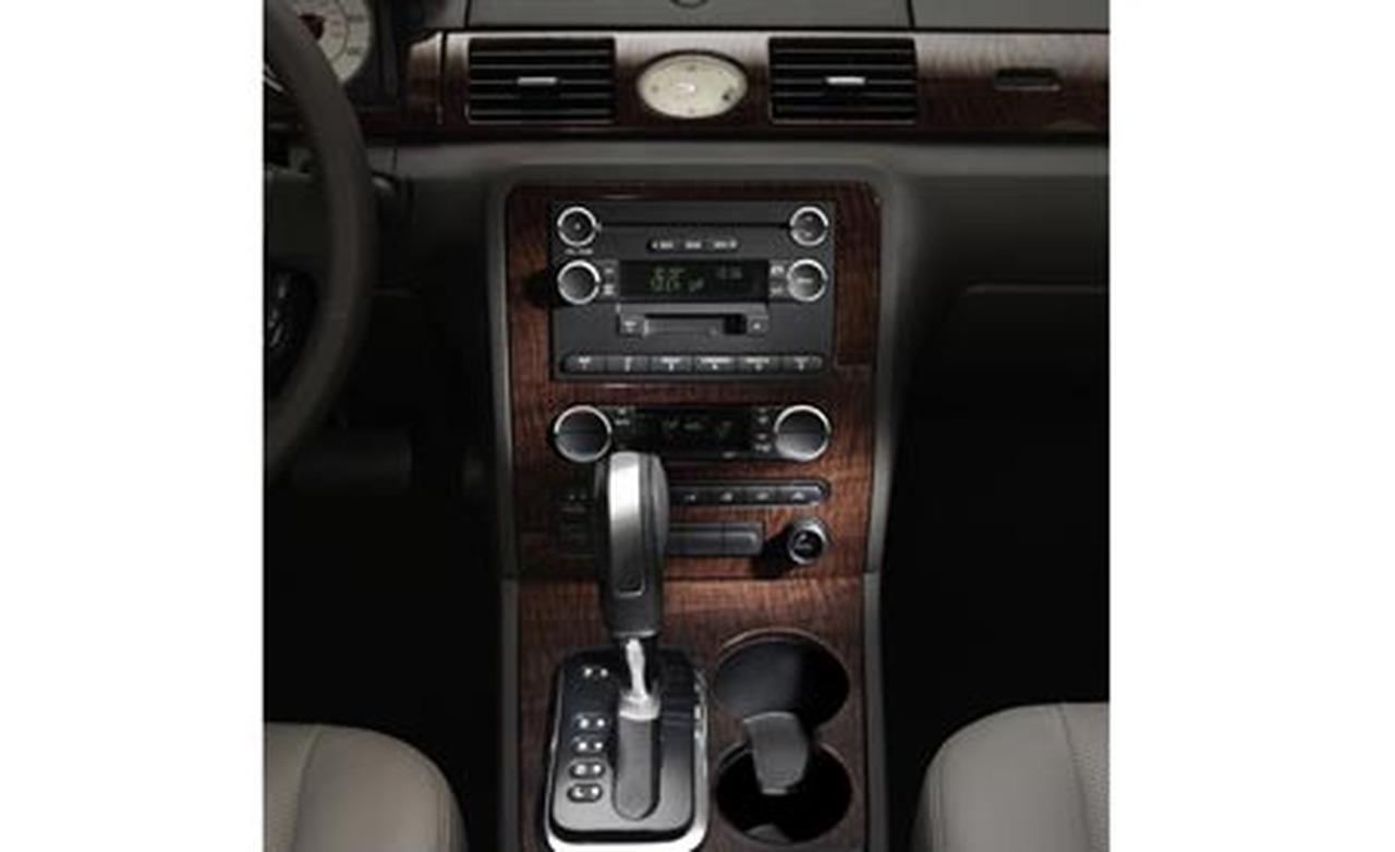 Ford Five Hundred interior #3