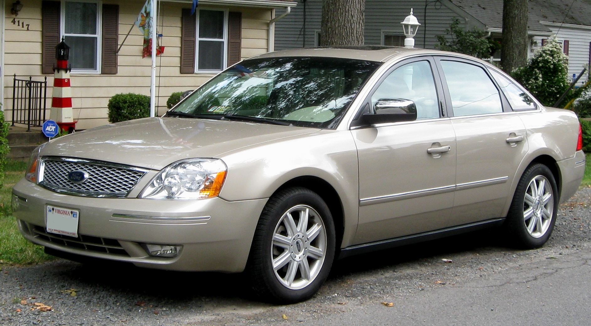 Ford Five Hundred white #4