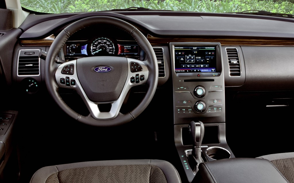 Ford Flex interior #4