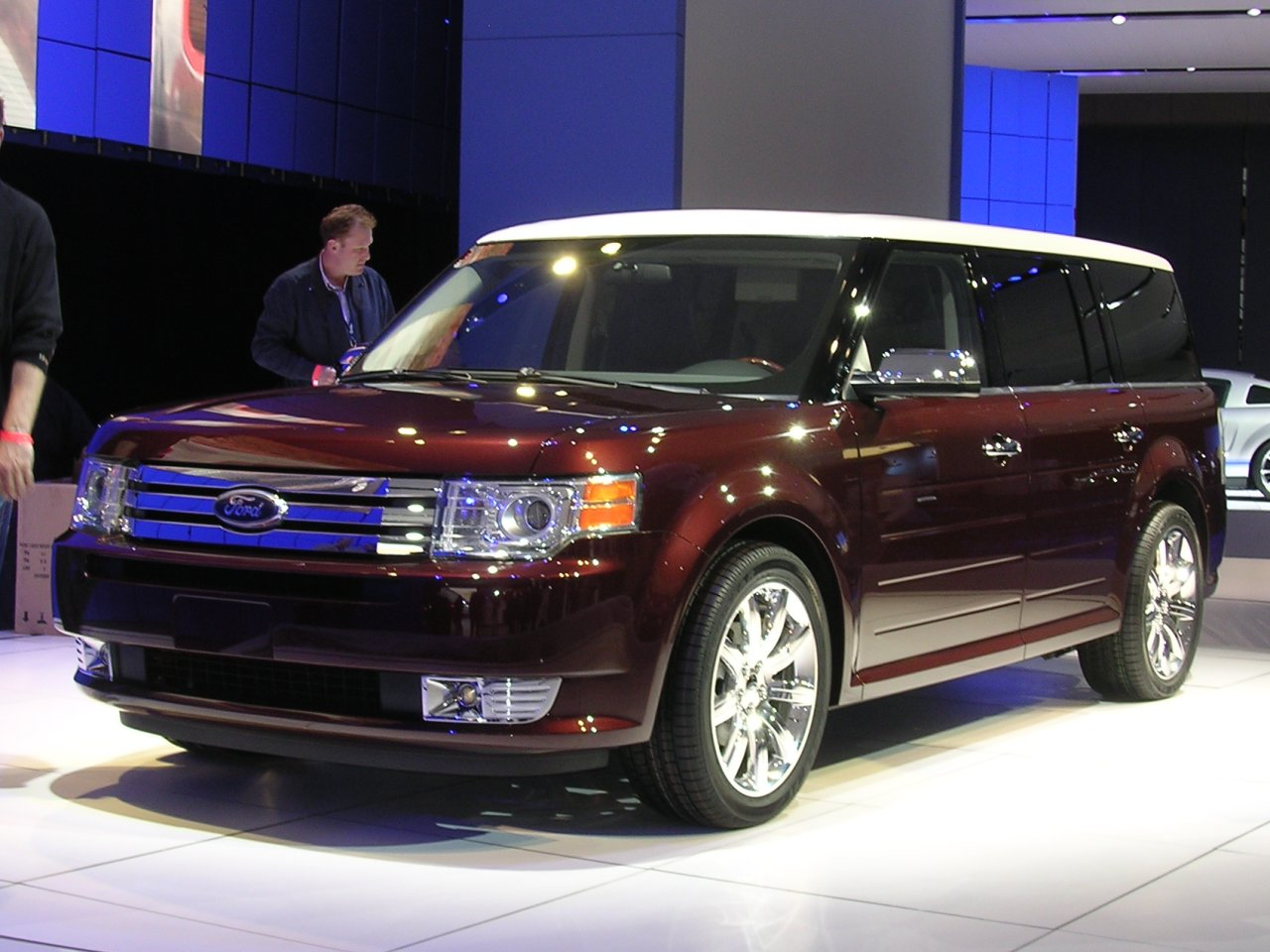 Ford Flex red #1