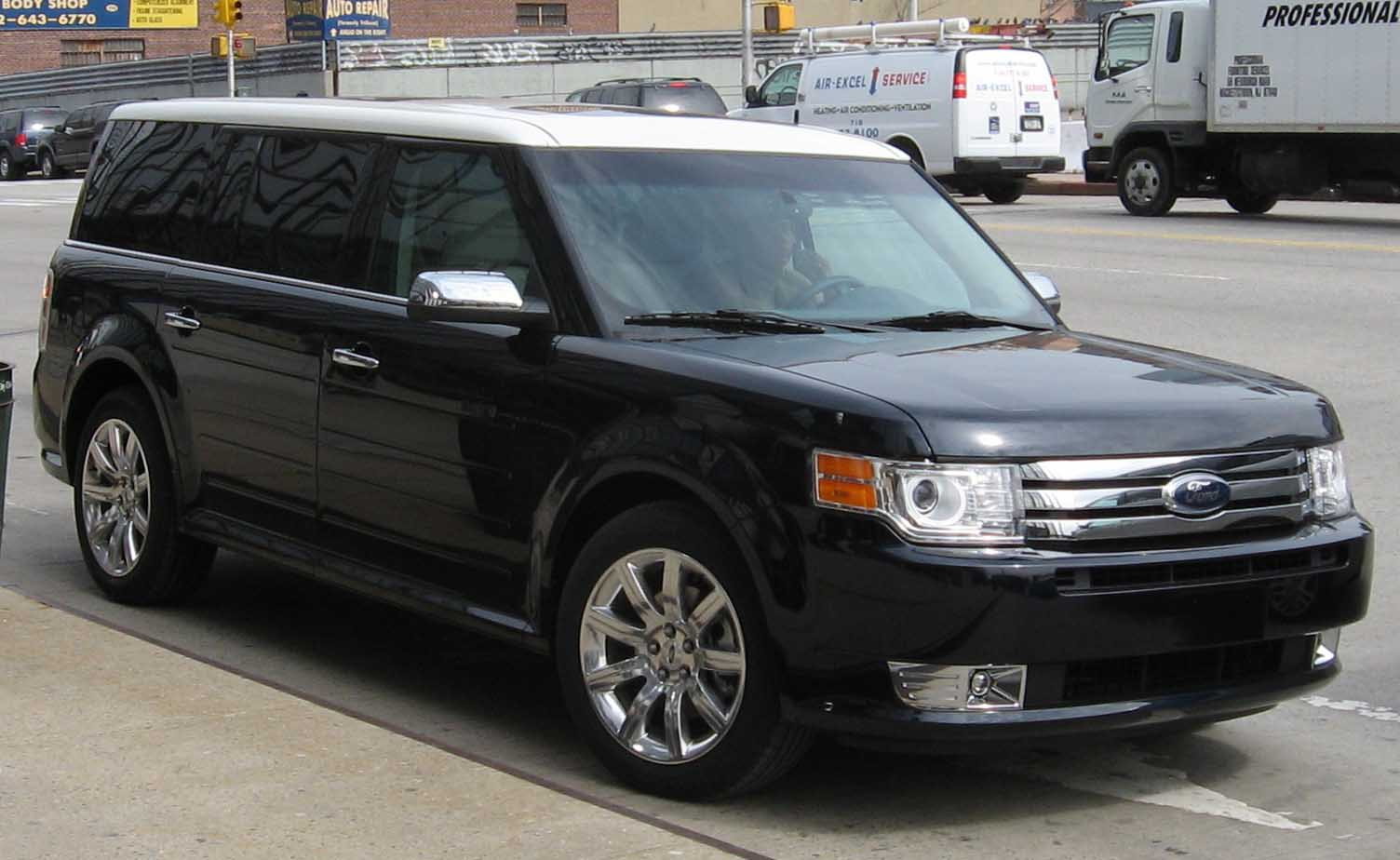 Ford Flex white #4
