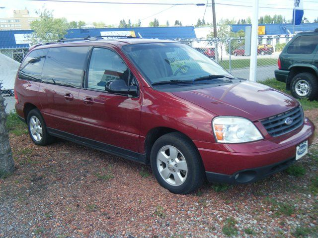 Ford Freestar red #1