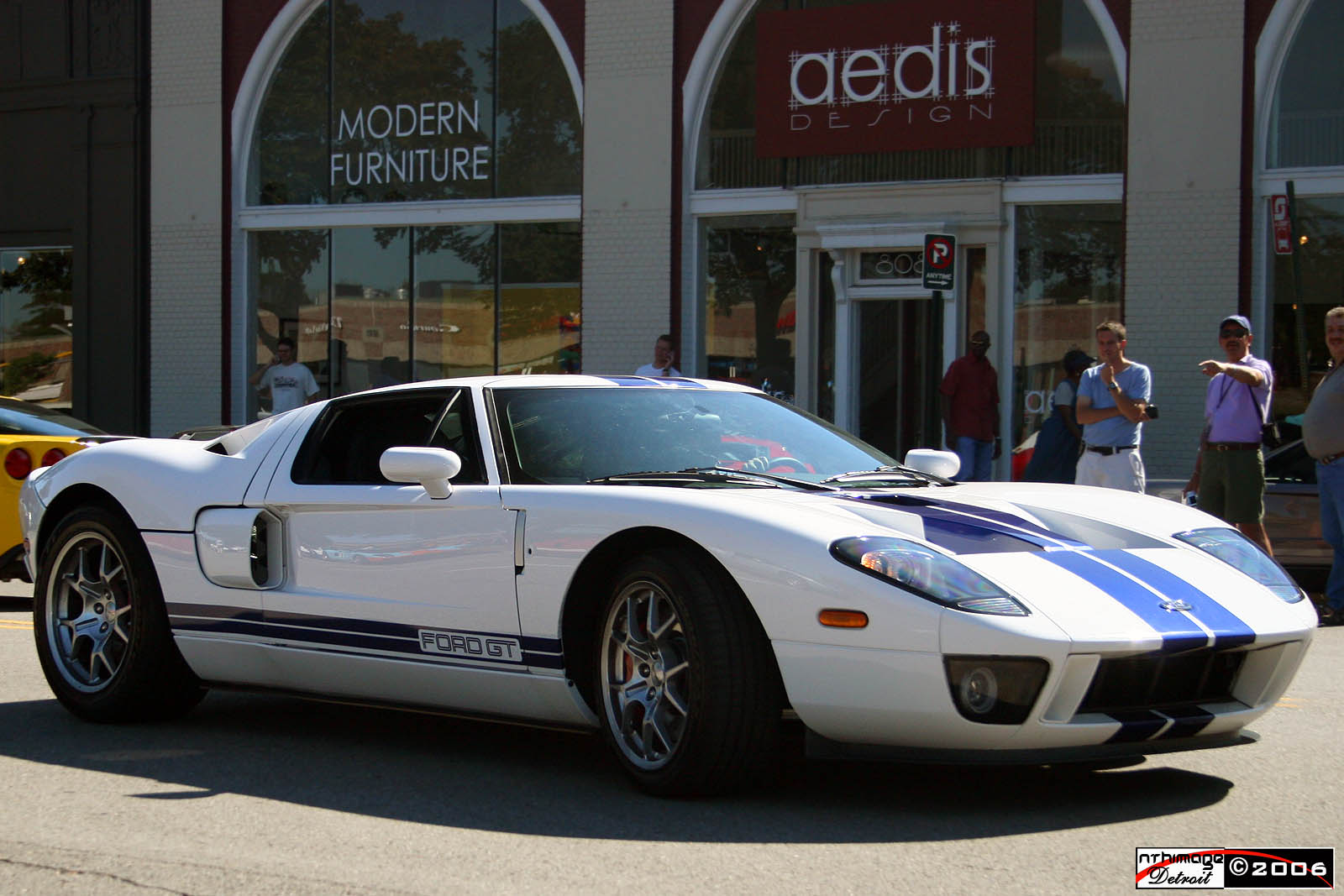 Ford GT white #1