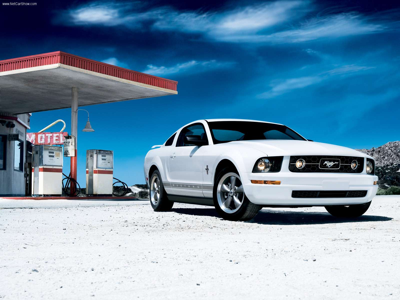Ford Mustang white #3