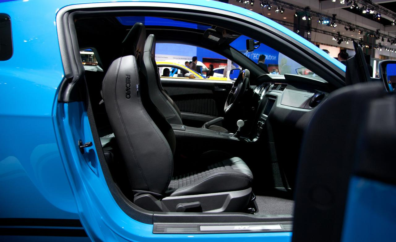 Ford Shelby GT500 interior #1