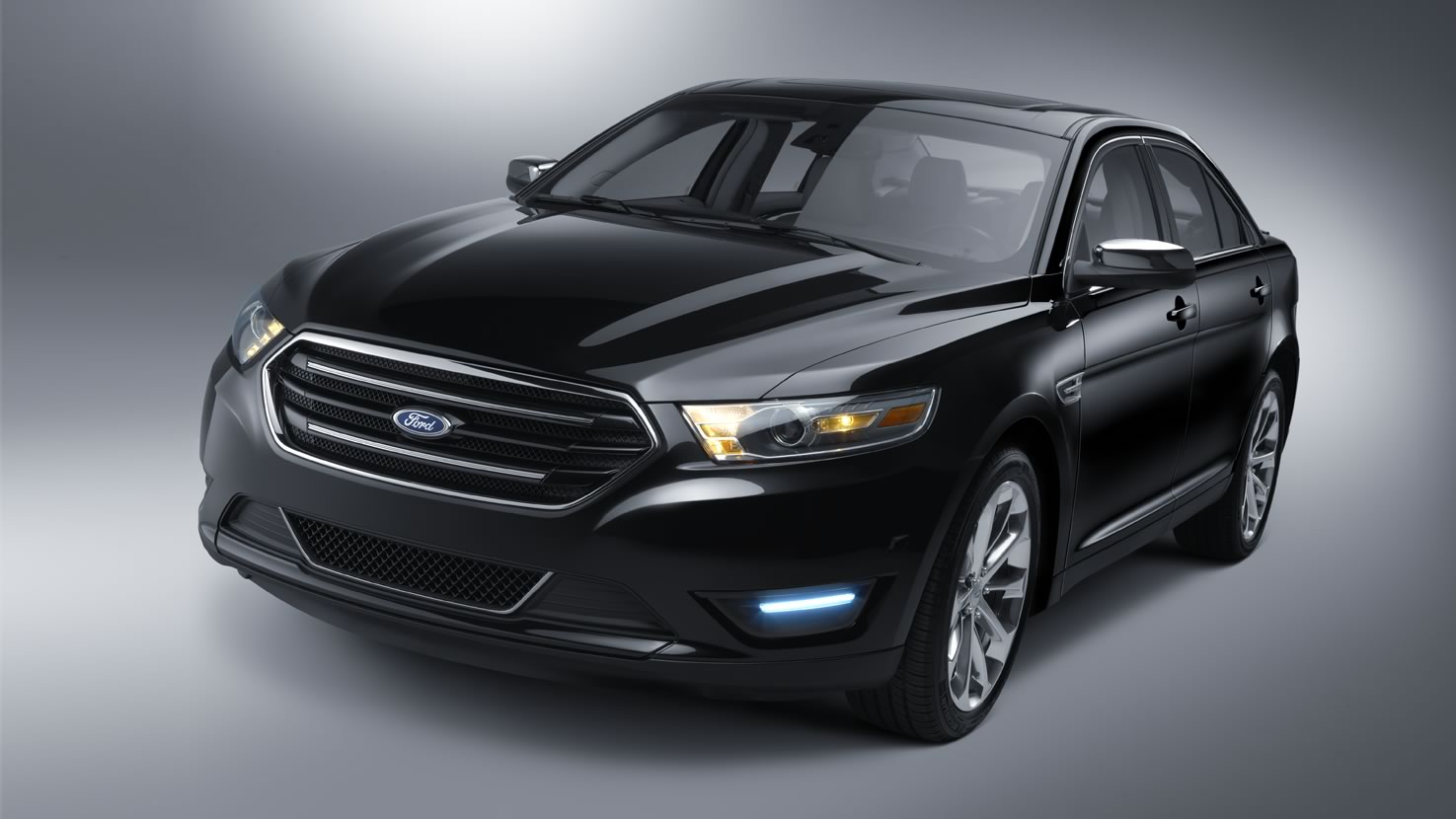 Ford Taurus black #4