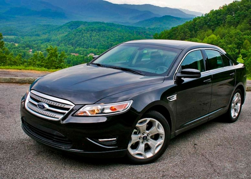 Ford Taurus black #1