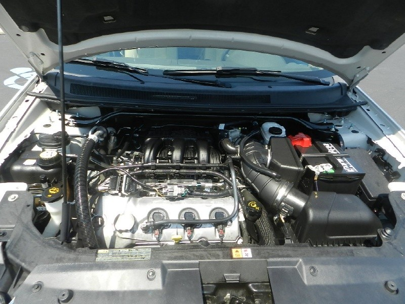 Ford Taurus X engine #1